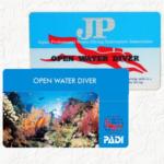 PADIとJPのCカード(ダイビングライセンス)