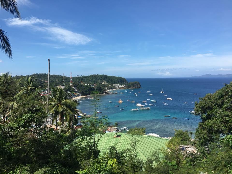 プエルトガレラの海を見下ろす